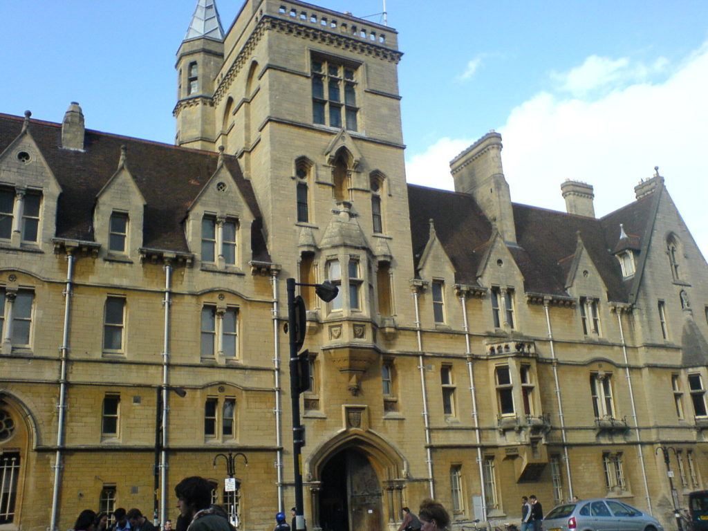 Oxford City Walking Tour Balliol College