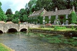 Cotswolds England Travel Guide